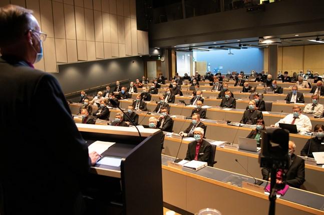 Kyrkomötet valde på måndagen första och andra vice ordförande för den nu pågående mandatperioden.