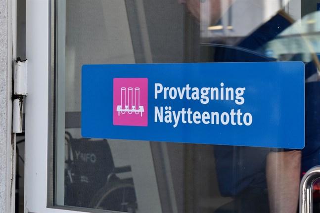 Åbo stad uppger i ett pressmeddelande att alla resenärer som på tisdagskvällen anländer från Skopje ska coronatestas.