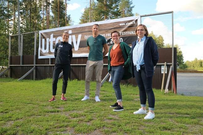 Ida Kronholm från Team Nordic Trail och Pontus Backlund, Ulrika Stenmark och Åsa Nyberg-Sundqvist från Kulturhuset Ax ser fram emot ett mångsidigt evenemang med fokus på friluftsliv.