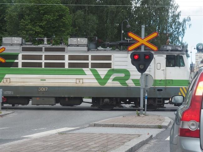 Projektet med järnvägsspåret till Jakobstad ska bli klart i vår.
