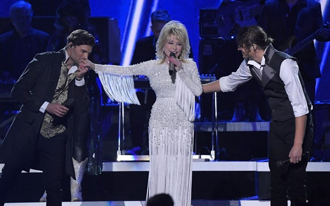 Dolly Parton ger ut julalbum i oktober.