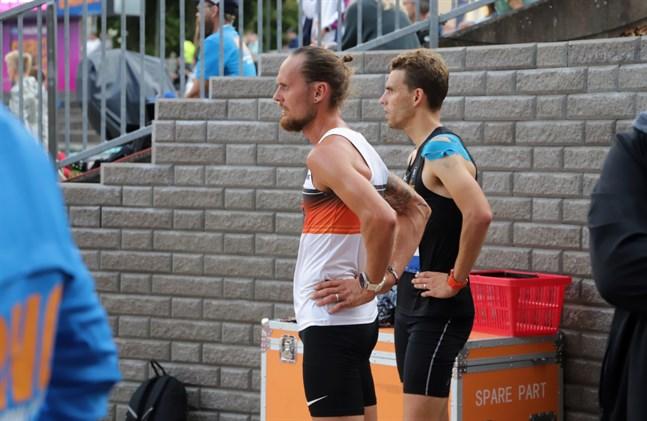 Björn Sandler och Fredric Portin valde båda två att avbryta tiotusenmetersloppet.