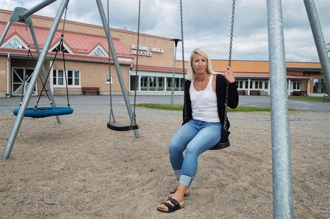 Nya Bosundrektorn Karin Kronholm ser framemot att välkomna skolans elever på tisdag. I år har skolan hela 38 förstaklassare.