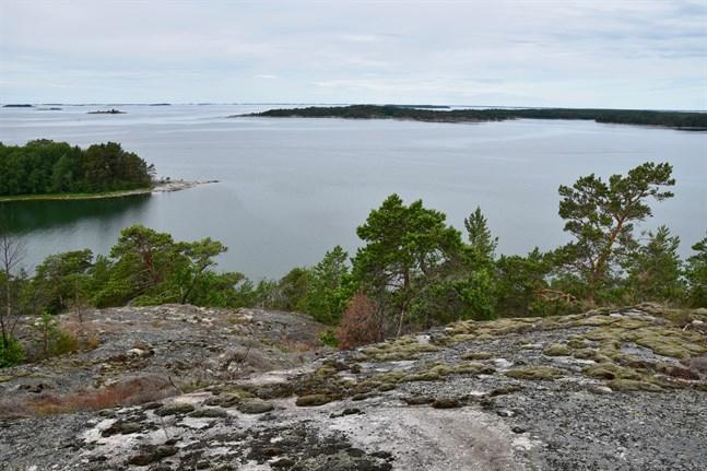 Radon förekommer i hela Finland eftersom vår berggrund är rik på uran.
