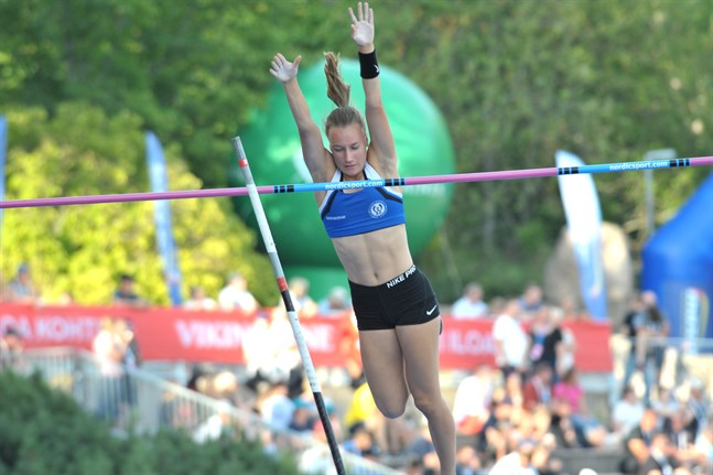 Förra året blev Vaasan Vasamas Essi Melender utan resultat i höjdfinalen – nu blev hon delad femma med Pinja Koivumäki.