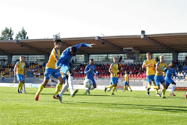 Senast Kraft och Norrvalla FF möttes var i augusti, då delade lagen på poängen (1–1) efter en högklassig tillställning på Mosedal i Närpes med 530 personer i publiken.
