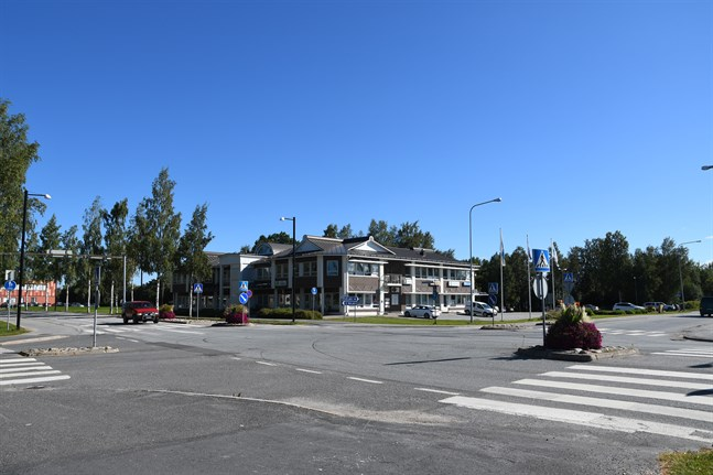 En rondell i Dynamokorsningen i Närpes centrum står på önskelistan för politiker i Närpes.