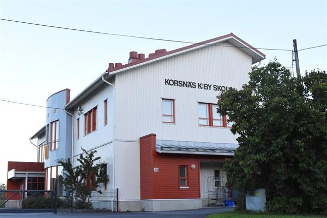 Korsnäs kyrkoby skola.