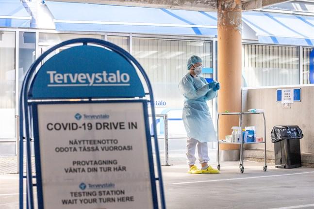 Sedan i måndags hör Terveystalo till de privata vårdfirmor som gör drive-in-tester i Vasa.