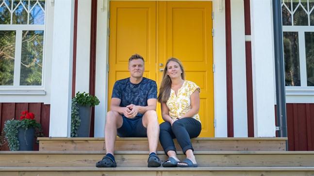 Patrik Peltoniemi och Josefin Malmsten renoverade hållbart och ekologiskt.
