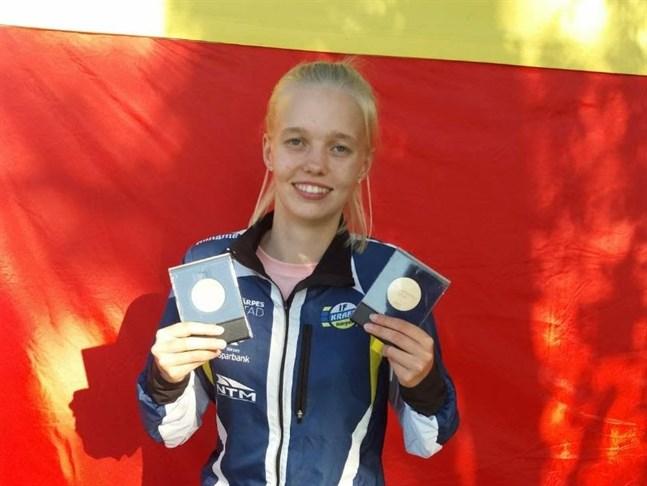 IF Krafts Emma Nyman tog guld i junior-FM i höjdhopp i Kemi på fredagen.