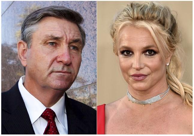 Britney Spears står under pappan James Spears förmyndarskap i ytterligare ett halvår. Arkivbild.