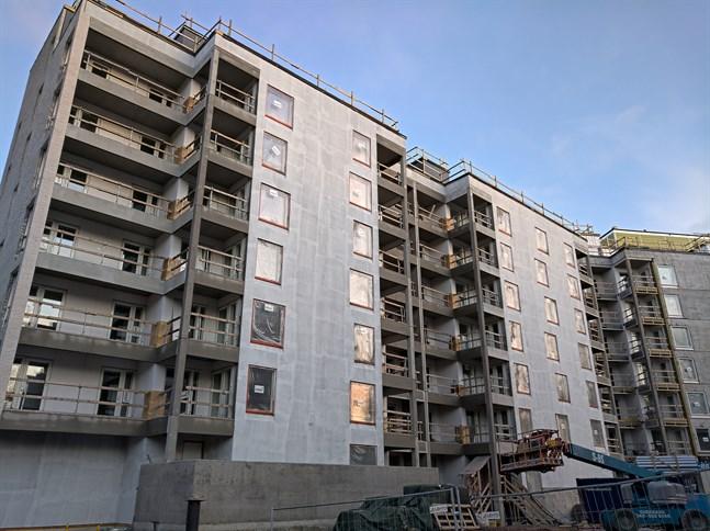 Byggbranschen planerar fler bostadsbyggen än man uppgav under coronavåren.