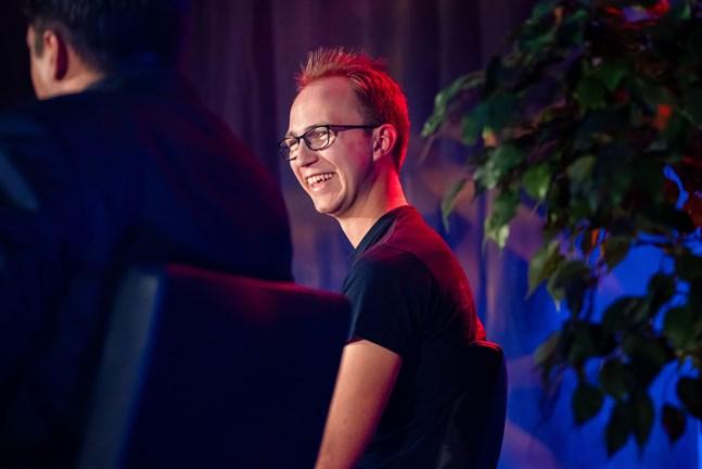 Programmeraren Lucas Käldström har mycket att glädjas åt.