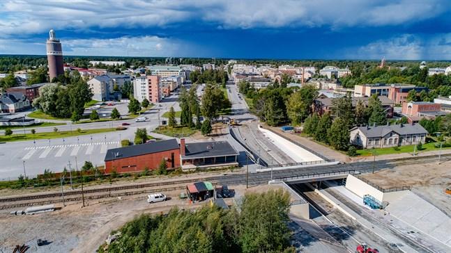 Jag vill göra trafiken smidigare, vettigare, säkrare och miljövänligare, speciellt för den del som löper från stadens västra del längs Rådhusgatan mot Sikören, skriver Anders H Byggmästar.