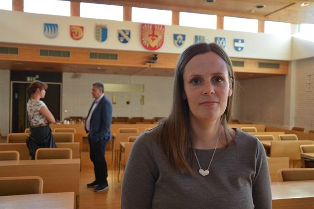 Johanna Borg valdes till ny ordförande för Närpesfullmäktige i augusti i fjol (bilden).