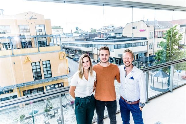 Gambit öppnar kontor i Jakobstad. Hanna Salo, Jeremias Snellman och Tim Wallin.