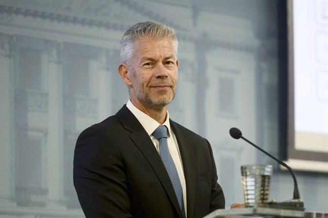 Taneli Puumalainen är överläkare på Institutet för hälsa och välfärd.