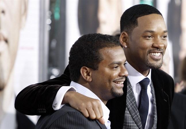 """Will Smith (till höger) och Alfonso Ribeiro ska återförenas med sina kollegor från komediserien """"The fresh prince of Bel-Air"""" i ett jubileumsprogram i höst. Arkivbild."""