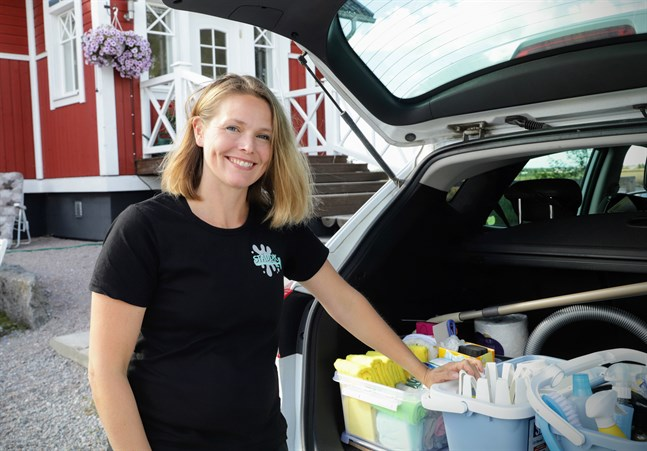 Caroline Silfver gillar känslan av ett nystädat hem. När allt är upplockat och ytorna rena flödar tankarna bättre. Den känslan vill hon ge sina kunder.