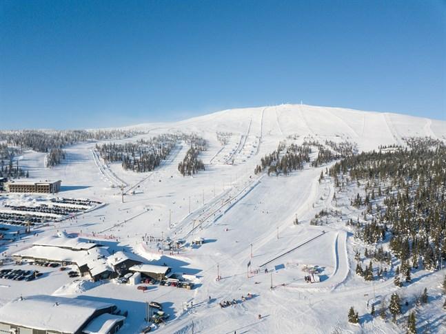 Centralhandelskammaren hoppas att regeringen stöder turismnäringen i Lappland genom att göra undantag i restriktionerna för inresor till Finland.