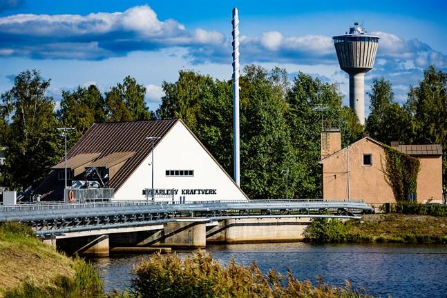 Nykarleby Kraftverks vattenkraftverk täcker 30 procent av elbehovet.