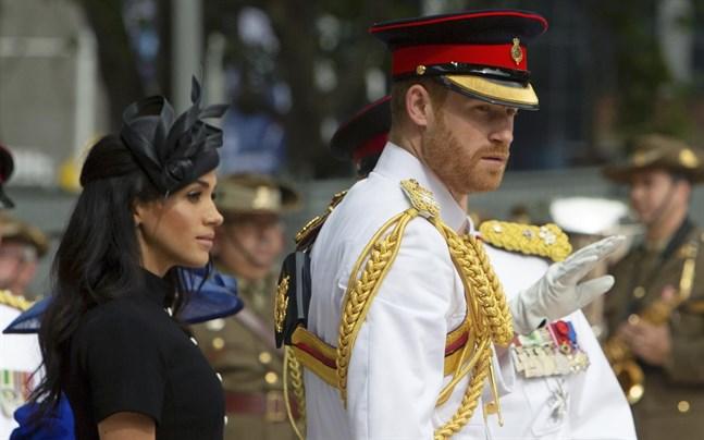 Prins Harry och Meghan Markle ger sig in i underhållningsbranschen tillsammans.