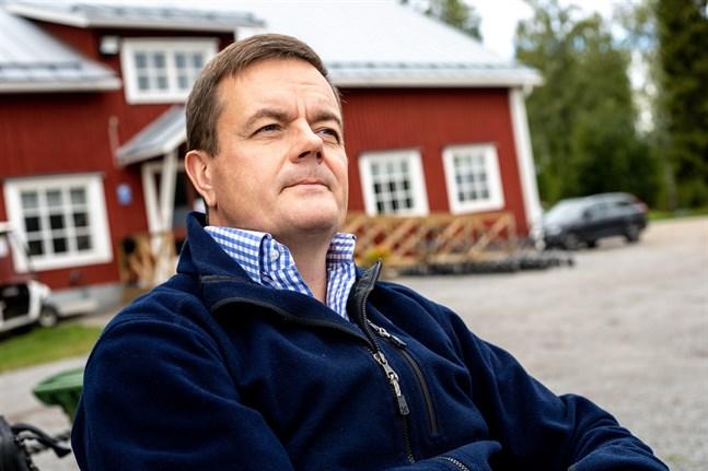 Ulf-Erik Widd är viceordförande för Vörå IF. Han ser stor potential i området.