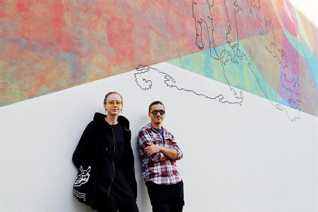 Konstnärerna Valentina Gelain och Bekim Hasaj är glada för resposen.