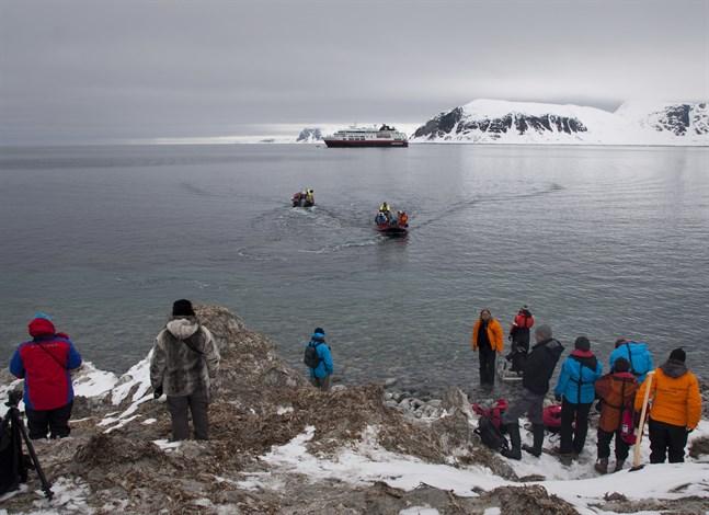 Norge skärper reglerna för kryssningar till Svalbard.