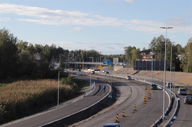 Nästa vecka asfalteras Alskatvägen i Metviksområdet vilket påverkar trafiken.