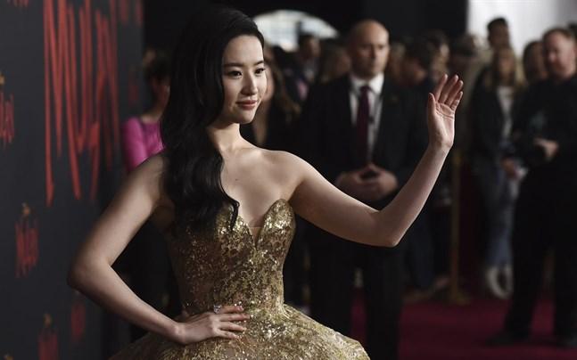 "Liu Yifei spelar huvudrollen i Disneys ""Mulan""."