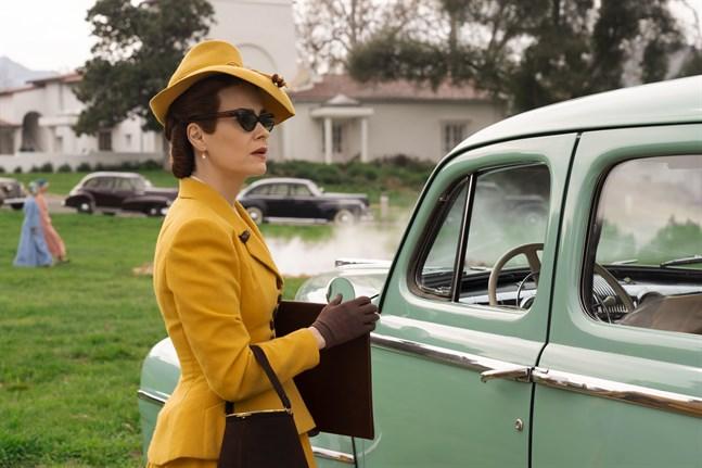 Sarah Paulson spelar syster Mildred Ratched. Pressbild.