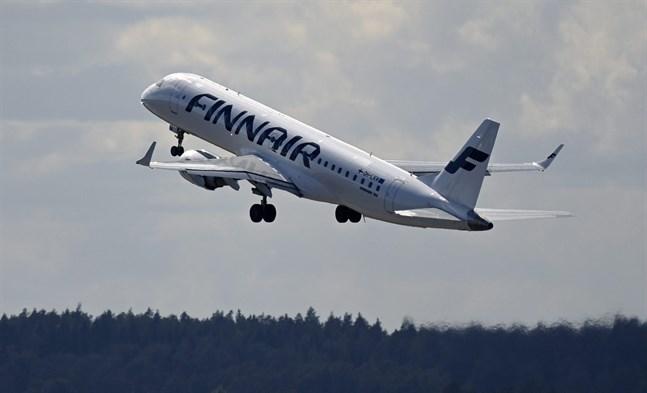 Flygbolaget Finnair skär kraftigt ned på sina flygturer i höst. Drygt hälften av de flyg som planerats för oktober blir oflugna, meddelar bolaget.