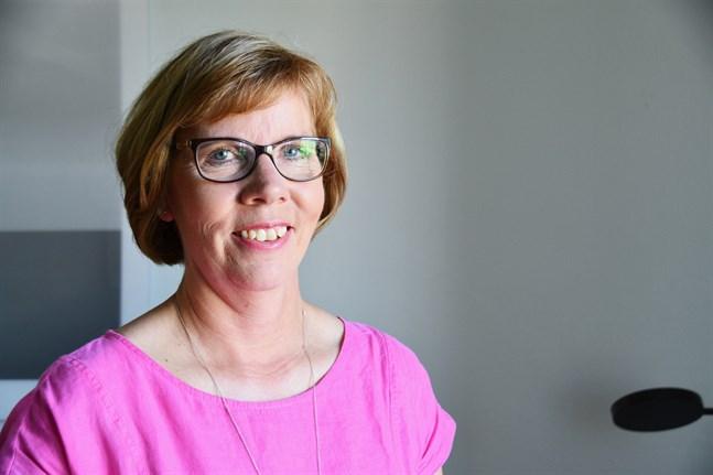 Ålandsminister Anna-Maja Henriksson (SFP) är mycket lättad över att gränsen mellan Sverige och Finland snart försvinner. Arkivbild.