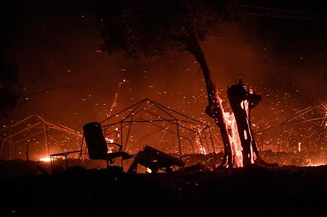 Flyktinglägret Moria i Grekland brann ner i tisdags. Det var hem för 13 000 migranter, de flesta barn.