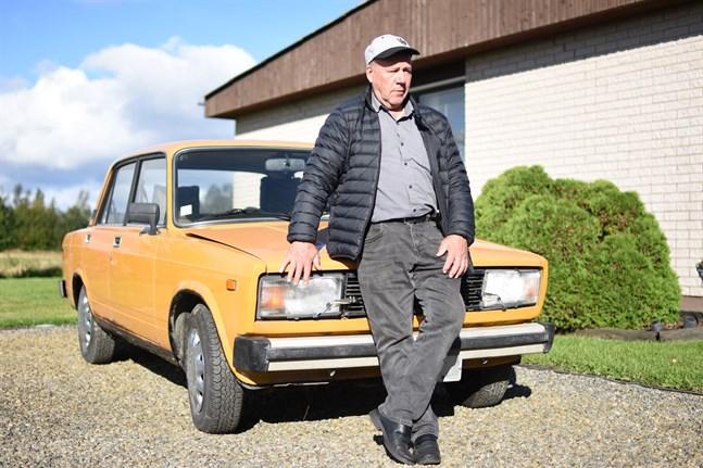 Den här bilen – en Lada 2105 – köpte Charlie Nybergs far Bruno som ny 1982.