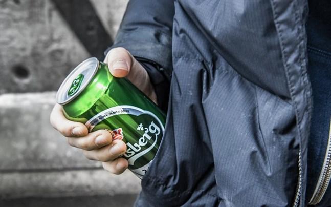 Ökad alkoholkonsumtion har ojämna konsekvenser i samhället.