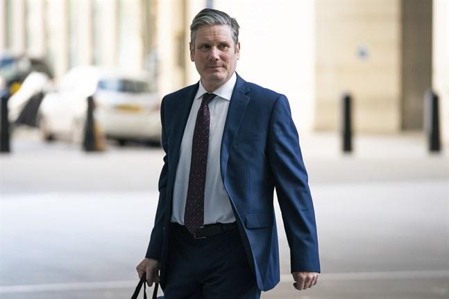 Labourledaren Keir Starmer har försatt sig själv i karantän efter att en medlem i hans hushåll har visat symptom på covid-19. Arkivbild.