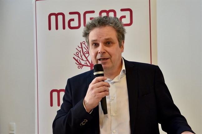Relationen mellan Finland och Sverige präglas fortfarande av tidigare trauman och komplex, anser samhällsanalytiker Mikko Majander på tankesmedjan Magma.