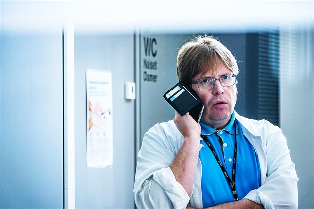 Infektionsöverläkare Maro Rahkonen säger att coronaläget i Mellersta Österbotten närmar sig upptrappningsfasen.