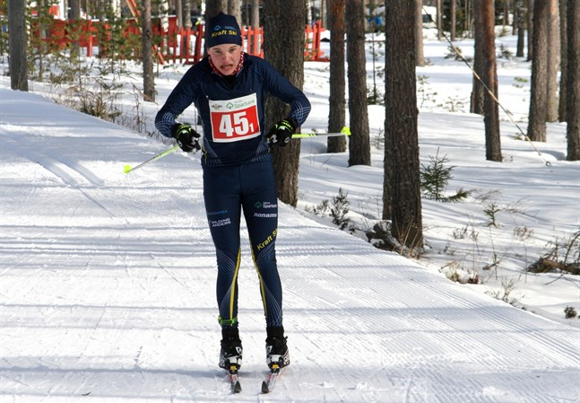 I vinter får Lukas Kuuttinen och de övriga skidåkarna i Kraft tävla på hemmaplan vid FSSM på skidor. Bilden är från ÖIDM som ordnades på Vargberget för ett och ett halvt år sedan.