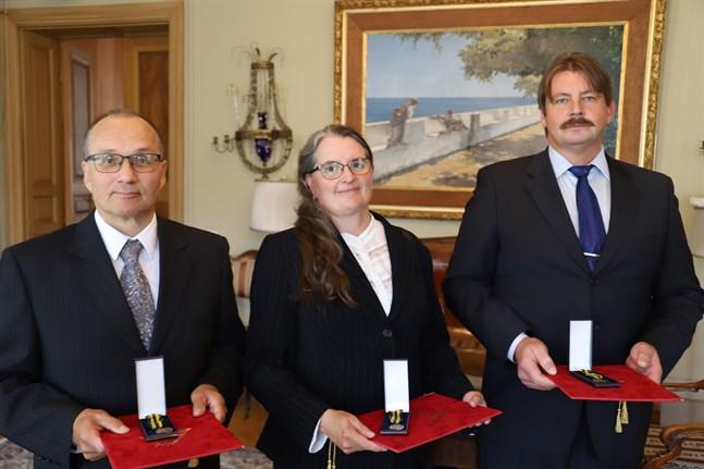 Seppo Mäenpää, Aana Vainio och Tom Lindell  fick utmärkelser för sina insatser som utvecklare av befolkningsskyddet.