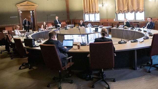 På tisdagen förhandlade endast de fem partiledarna och finansministern om statsbudgeten 2021. De lyckades enas kring alla stora frågor.