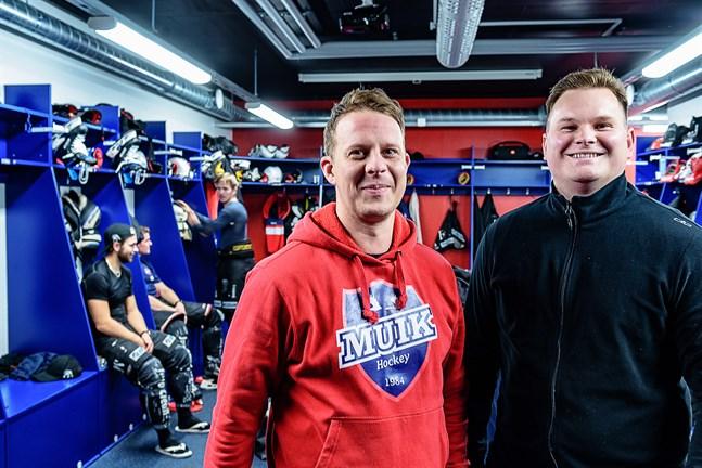 Det börjar nu och Tommy Isaksson och Niklas Svensson, assisterande respektive ansvarig tränare för Muik Hockey, är redo för de utmaningar som väntar i Finlandsserien.