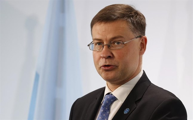 Valdis Dombrovskis är en av EU-kommissionens tre överordnade viceordföranden.