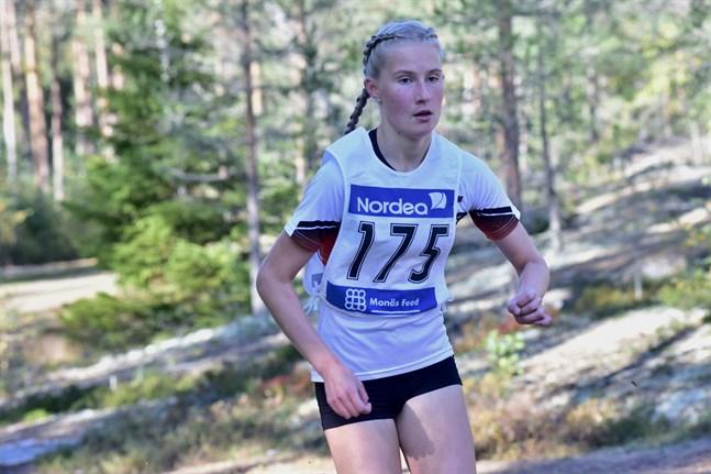 Falkens Nathalie Blomqvist gjorde comeback i ÖIDM i terrängen i Nykarleby.