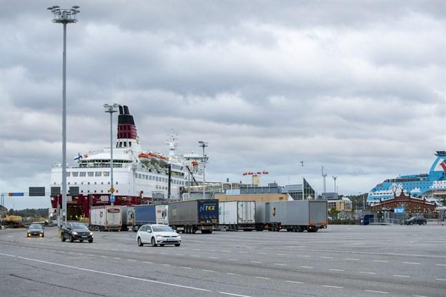 Viking Amorella i Åbo hamn den 17 september.