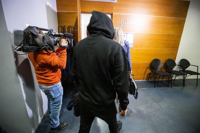 Det här är en av de åtalade Vasaborna som enligt åklagaren missbrukade sin position som anställd hos Nordea. De kunde ha kommit över flera hundra miljoner om brotten hade fortgått.