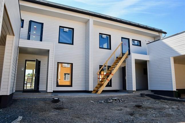 Allt fler överväger att köpa ny bostad och lägga in en låneansökan till banken, enligt en bankbarometer som Finans Finland har gjort.